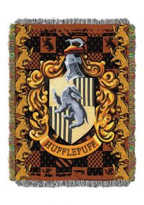 harry-potter-hufflepuff-shield-woven-tapestry-throw-blanket