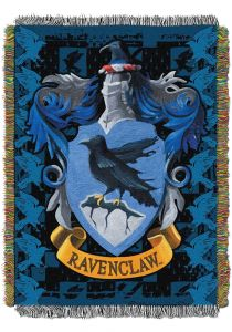 harry-potter-ravenclaw-crest-woven-tapestry-blanket